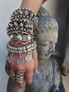 Bohemia Retro Flower Engrave Coins Pendant Women Lady Wrist Braclet Jewelry #ebay #Fashion