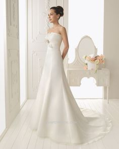 Aire Barcelona Bridal Gown Style - Rodalo