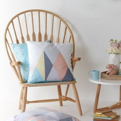 Ash Wood Peacock Chair Natural - Me and My Trend