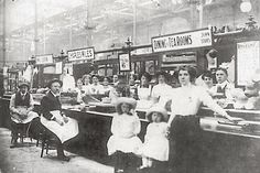 Market Hall tea rooms in 1910 Birmingham Market, Birmingham England, London History, British History, Sutton Coldfield, Moving To Australia, Walsall, Vintage London, The Old Days