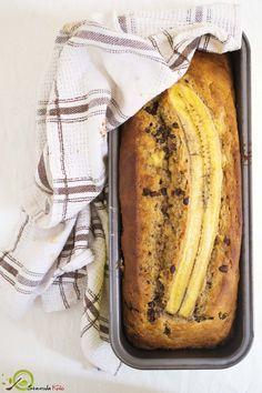 Το καλύτερο μπανανοψωμο που έχετε φάει ποτέ. Τόσο λαχταριστό και είναι φτιαγμένο με 100% υγιεινά υλικά: ελαιόλαδο και φυσικά γλυκαντικά (μέλι και μπανάνα).