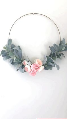 Paper Flower Wreaths, Easter Wreaths, Floral Wreath, Diy Arts And Crafts, Diy Crafts To Sell, Handmade Crafts, Diy Earrings Easy, Hand Embroidery Flowers, Floral Hoops
