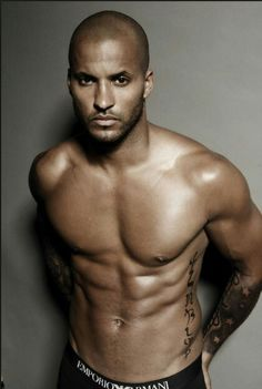 Ricky Whittle (Lincoln).....The 100 so hunky!!!