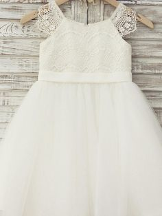 A-line Knee-length Flower Girl Dress - Lace / Tulle Short Sleeve Scoop with - USD $53.99 ! HOT Product! A hot product at an incredible low price is now on sale! Come check it out along with other items like this. Get great discounts, earn Rewards and much more each time you shop with us!