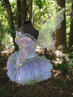 Dresses Pagan Wicca Witch:  Faery Dress.  Bubble pop fairy, via Fantasy Couture.