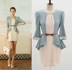 Vestido Azul e Branco com Cinto R$196.00
