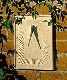 Arcadian Wall Sundial by Haddonstone - Sundials - Garden Ornaments - ONLINE… Garden Crafts, Garden Art, Garden Ideas, Solar Time, Woodworking Courses, Patio Gazebo, Cast Stone, Wooden Clock, Sundial