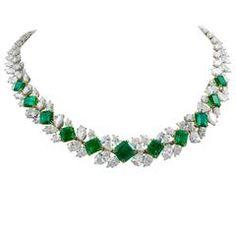 Harry Winston Emerald Diamond gold platinum Necklace
