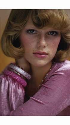 Patti Hansen wearing pink alley cat by Betsey Johnson © Rico Puhlmann