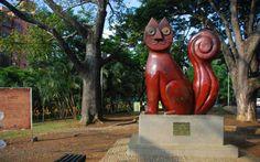 Gato de tejada parque Cali Colombia, Garden Sculpture, Buddha, Statue, Country, Outdoor Decor, Traveling, Art, Parks