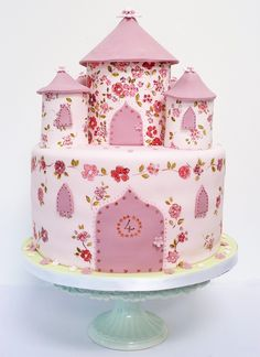 Beautiful Cake Pictures: Pretty Girl's Birthday Castle Cake Picture: Birthday Cakes, Cakes with Flowers Beautiful Cake Pictures, Beautiful Cakes, Amazing Cakes, Pretty Cakes, Cute Cakes, Torta Angel, Princess Castle, Princess Party, Pink Castle