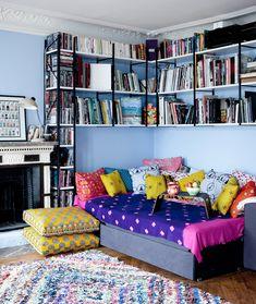 bookcases for small spaces and more ideias in the link #decor #estante #bookcase