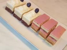 Karamelové rezy s mascarpone  - recept Cakes, Desserts, Recipes, Mascarpone, Tailgate Desserts, Deserts, Cake Makers, Kuchen, Recipies