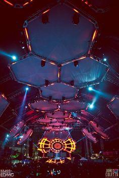 Carl Cox Tent at Ultra Music Festival 2012 : ) (definitivamente no fue el de Buenos Aires, como nos cagaron ¬¬