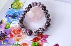 Lilával díszített üvegékszer karkötő (jannaja) - Meska.hu Jewelry, Jewlery, Jewels, Jewerly, Jewelery, Accessories