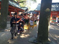 福岡で、大相撲好きの方と繋がりたいために、このボードつくりました!  おととしの住吉神社土俵入りの様子です。