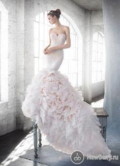 Коллекция свадебных платьев Lazaro от JLM Couture весна-лето 2016