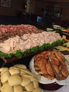 Ideas Wedding Reception Buffet Food Appetizers For 2019 wedding food – Wedding İdeas Sandwich Bar, Roast Beef Sandwich, Sandwich Ideas, Sandwich Station, Wedding Buffet Food, Wedding Catering, Food Buffet, Buffet Tables, Easy Wedding Food
