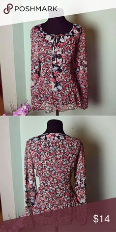 BEAUTIFUL Floral Printed Sheer Blouse Size Small. In excellent condition! Very flattering and girly! Elle Tops Blouses