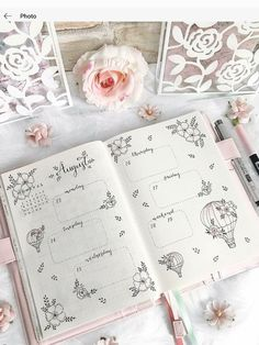 Werbung/Advertisement unpaid 🌸 hey dear ones ☺️ now you can see my complete week with all the moon phases in a flower look ☺️💕🌝🌸 Wish you… Diy Bullet Journal, Bullet Journal Notebook, Bullet Journal Aesthetic, Bullet Journal School, Bullet Journal Spread, Bullet Journal Ideas Pages, Bullet Journal Inspiration, Bullet Journals, Kalender Design