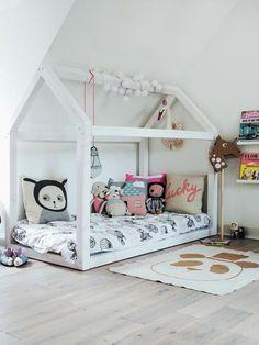 kinderkamer-speelhoek-interieur-spelen-hoekje-tent-hut-tipitent-speelkamer-speelgoed-kussens-accessoires-bouwen-deken-ladylemonade_nl11.jpg (570×760)