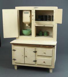 Schoenhut - Kitchen Cabinet showing the working flour sifter, c.1930