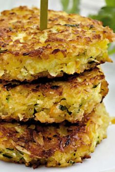 Veggie Patties, Just Juice, Vegetarian Recipes, Cooking Recipes, Danish Food, Recipes From Heaven, Fruit And Veg, Yummy Eats, Food Inspiration