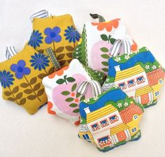 I've made these cute hexie lavender bags from some of my favourite vintage fabrics. The HOUSE option is from Daisy Walk by Jonell. Lavender Bags, Cellophane Wrap, Vintage Fabrics, Blue Flowers, Hanger, Daisy, My Favorite Things, Cute, Pink