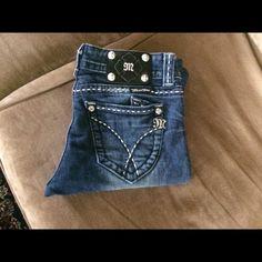 """Miss Me JW5306B embellished jean size 27 Miss Me JW5306B embellished jean size 27 inseam 32"""" and rise 7"""" Miss Me Jeans Boot Cut"""