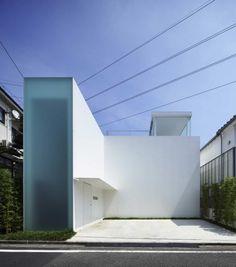#White #Minimalism #Architecture | Cube Court House / Shinichi Ogawa & Associates