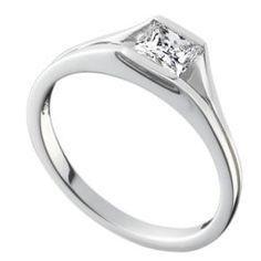 Square diamond platinum ring