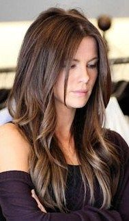 Kate Beckinsale might just have THE best ever brunette locks - Frisuren Long Layered Haircuts, Haircuts For Long Hair, Long Hair Cuts, Long Hair With Layers, Long Hairstyles With Layers, Long Choppy Layers, Long Layered Cuts, Layered Hairstyle, Medium Hair Styles