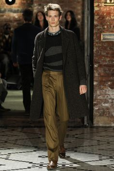See the complete Billy Reid Fall 2017 Menswear collection.
