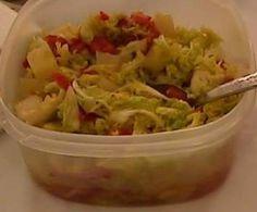 Salát z čínského zelí s ananasem
