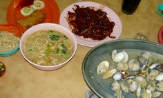 Ming Hoe Hokkien Mee @ 2 1/2 Jalan Ipoh, at the other end of the block of shophouses from HSBC Bank.