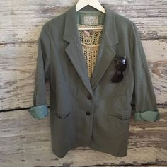Vintage wool coat / oversized blazer So cute. This one is from Rome, too. It could fit up to size 12. I wore it oversized (I am a size Small) stylish. Vintage Jackets & Coats Blazers