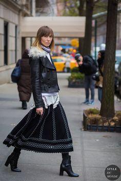 anya-ziourova-by-styledumonde-street-style-fashion-photography