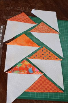 Am going to try this one even thou I don't really like trying to make FG! The tutorial looks like it will help!]Informations About Rainbow Flying Geese Quilt. Am going to try this one even thou I don't really li. Patchwork Quilting, Patchwork Vol D'oie, Patchwork Patterns, Quilt Block Patterns, Pattern Blocks, Quilt Blocks, Seminole Patchwork, Sewing Patterns Girls, Quilt Kits
