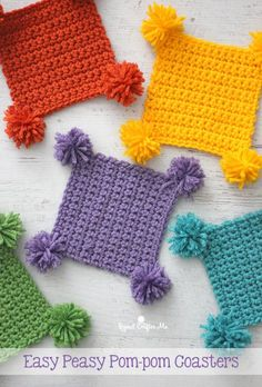 Easy Peasy Pompom Crochet Coasters – Repeat Crafter Me Looking for a 15 minute project that is great for beginners? I got the perfect tutorial. Crochet Kitchen, Crochet Home, Crochet Gifts, Crochet Geek, Crochet Baby, Free Crochet, Crochet Coaster Pattern Free, Crochet Teacher Gifts, Thread Crochet