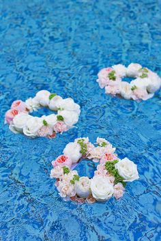 Pool Party Decorations Ideas for the pool party balloons floating in it would look cool and if they had 15 Pool Decor Ideas For Your Backyard Wedding Pool Party Decorationsparty