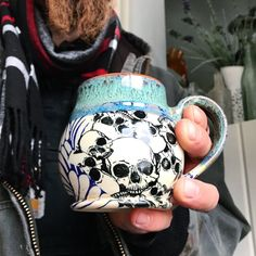 """1,764 Beğenme, 39 Yorum - Instagram'da Leigh Anne Thompson (@elanpottery): """"Happy Birthday to the sweetest skull mug rockin' man ever! Today was the first day Steven and I…"""""""