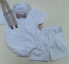 Conjunto Menino calça jeans, camisa social e suspensório
