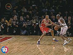 Basketball Season, Basketball Legends, Sports Basketball, Basketball Players, Michael Jordan Gif, Mike Jordan, Mike Friends, Basketball Highlights, Jordan Photos