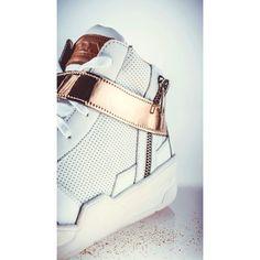 👟 #shoes #white #kicks #zda #zdapartizanske #instashoes #instakicks #sneakers #sneaker #sneakerhead #heels #shoe #fashion #style #shoeshopping #gold #luxury  #cute #photooftheday #shoegasm #design #designer #designed #designs #fashiondesign #interiordesign #architecture #architect #details