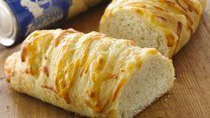 Mozzarella and garlic bread Mozzarella, Bread Bun, Bread Rolls, Bread Twists, Bread Recipes, Cooking Recipes, Cooking Videos, Cooking Tips, Pillsbury Recipes