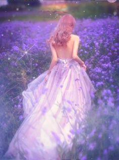 Lovely lavender animation I made – image pin 2 Beautiful Fantasy Art, Beautiful Gif, Girl Photo Poses, Girl Photos, I Love You Animation, Animated Love Images, Beautiful Women Videos, Beau Gif, Beautiful Rose Flowers