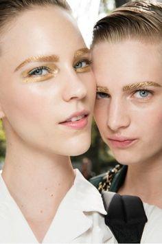 Spring/summer 2014 Paris fashion week, Christian Dior, the gold makeup of models