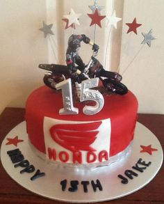 Honda Cake for Jakes 21st Birthday, Birthday Cakes, Motorcycle Birthday Parties, Dirt Bike Cakes, Honda Dirt Bike, Motorcycle Cake, Motos Honda, Party Cakes, Cake Pops