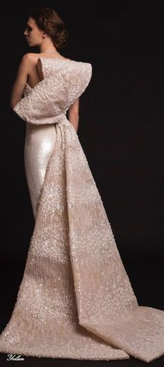 Elegant Haute Couture Wedding Dresses For Your Luxurious Wedding 02 Evening Dress Long, Evening Dresses, Formal Dresses, Wedding Dresses, Wedding Bridesmaids, Beautiful Gowns, Beautiful Outfits, Krikor Jabotian, Mode Glamour
