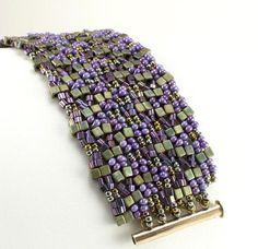 Beaded Bracelet Kits – Beads Gone Wild Making Bracelets With Beads, Seed Bead Bracelets, Jewelry Making Beads, Beaded Jewelry, Jewelry Bracelets, Silver Bracelets, Diy Jewelry, Jewelry Stores, Seed Beads